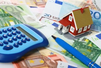 Средний размер ипотечного жилищного кредита для долевого строительства в августе составил 2,4 млн рублей